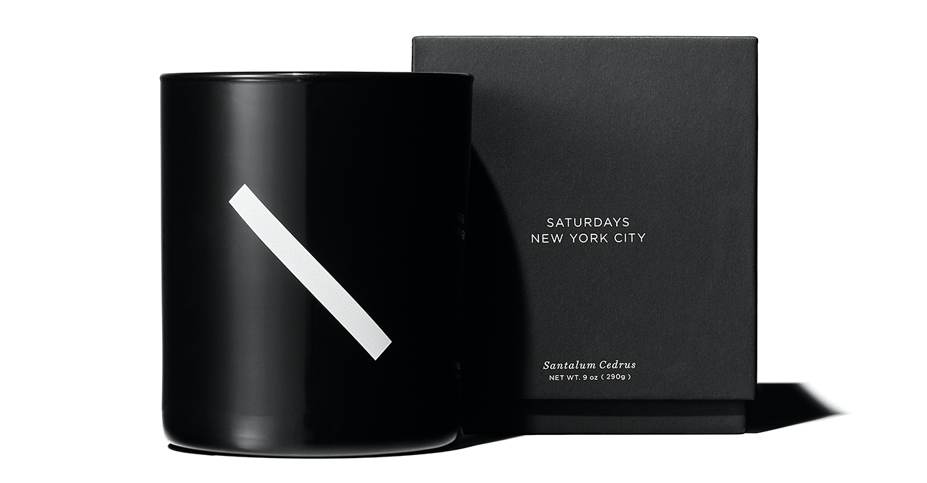 The Santalum Cedrus candle features notes of nutmeg, sandalwood, Virginia cedarwood and dry vetiver.